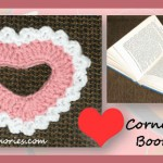 www.crochetmemories.com/blog Free pattern for a Valentines corner heart-shaped bookmark