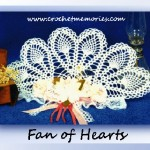 www.crochetmemories.com/blog Free pattern for a Valentines decorative fan