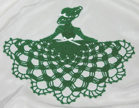 www.crochetmemories.com  Irish Crinoline Girl Doily Pattern