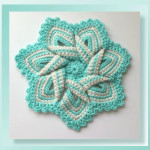 Pattern Review - Flower Hotpad