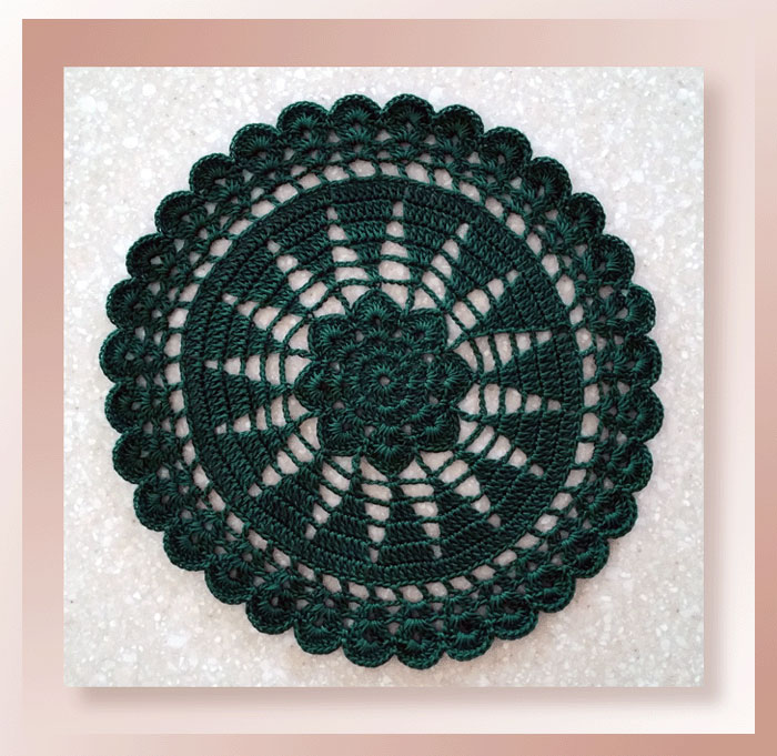 White Pines Doily - Pattern Review