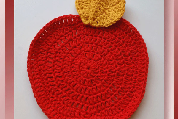 Pattern Review – Apple Dishcloth